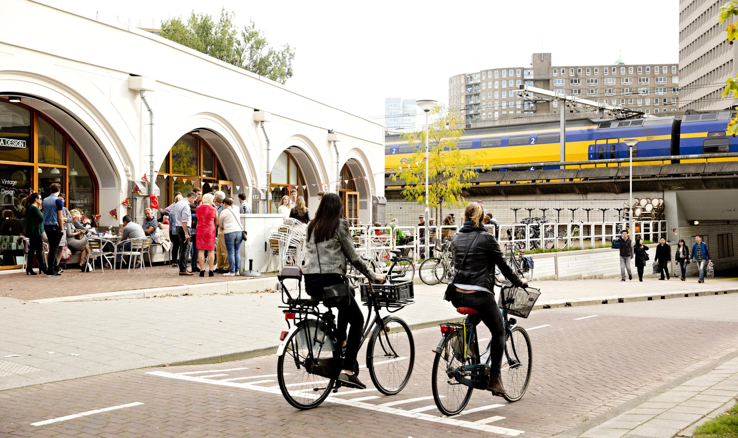 Station-Hofplein_Iris-van-den-Broek_67A1248_iris-van-den-broek